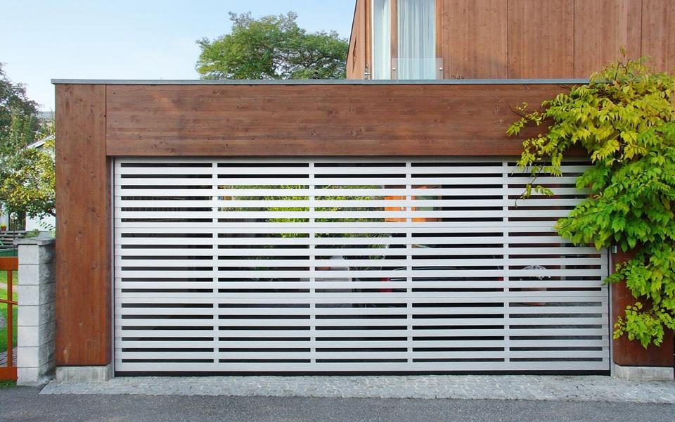 garagentore-deckensektionaltore-ls4000-modern-carport-7